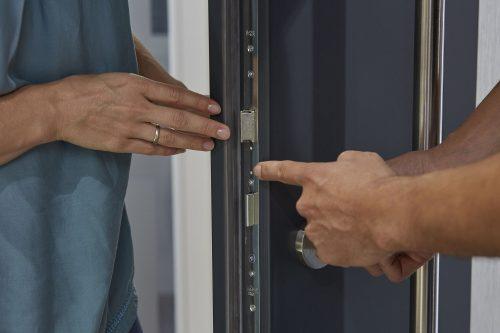 Für Ihre Tür bieten wir Ihnen sämtliche Schließsysteme